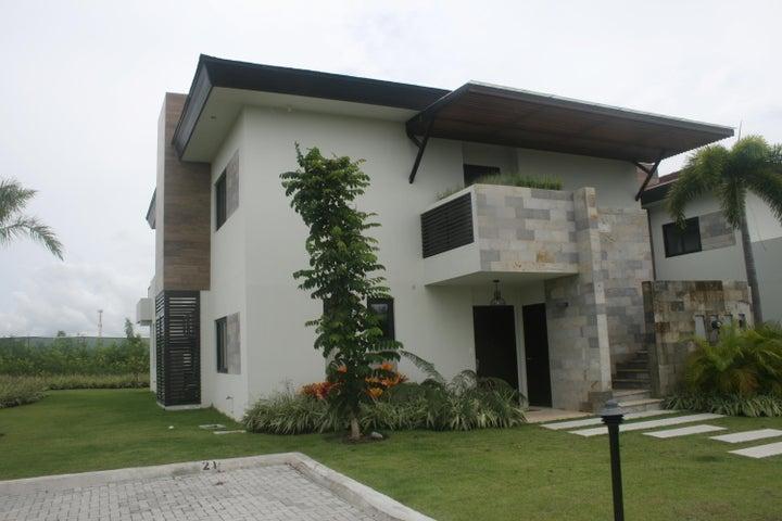Apartamento / Venta / San Carlos / San Carlos / FLEXMLS-17-3031