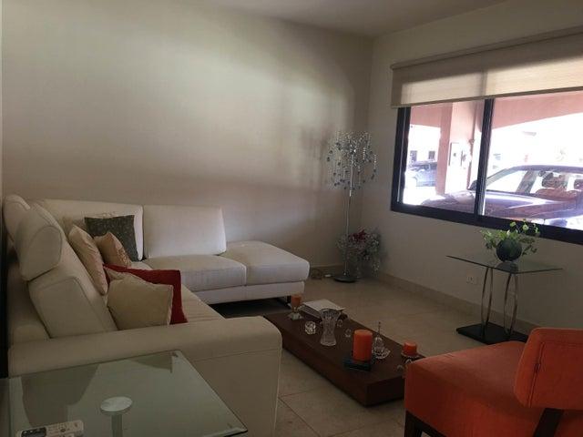 PANAMA VIP10, S.A. Casa en Venta en Versalles en Panama Código: 17-3140 No.3