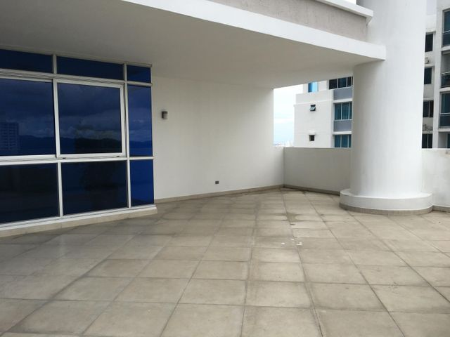 PANAMA VIP10, S.A. Apartamento en Alquiler en El Cangrejo en Panama Código: 17-3149 No.4