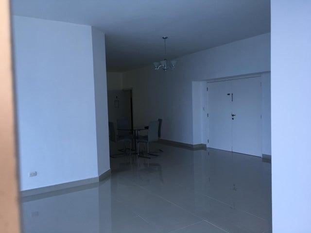 PANAMA VIP10, S.A. Apartamento en Alquiler en El Cangrejo en Panama Código: 17-3149 No.6