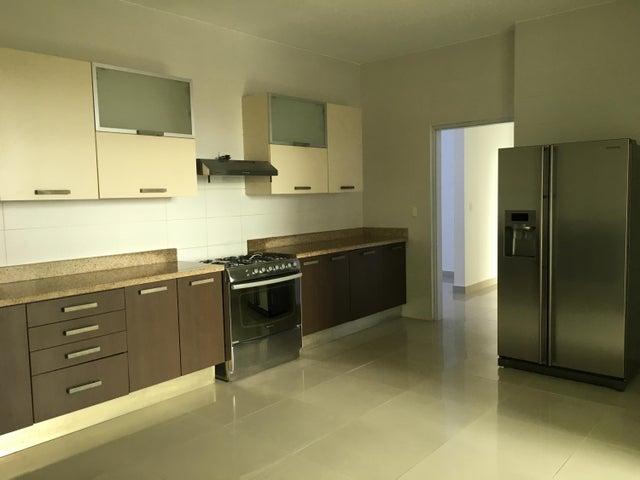 PANAMA VIP10, S.A. Apartamento en Alquiler en El Cangrejo en Panama Código: 17-3149 No.8