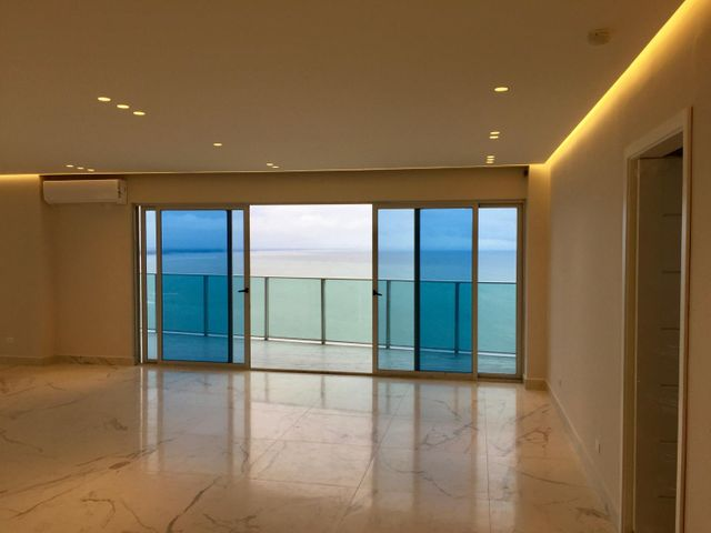 PANAMA VIP10, S.A. Apartamento en Alquiler en Punta Pacifica en Panama Código: 17-3205 No.6