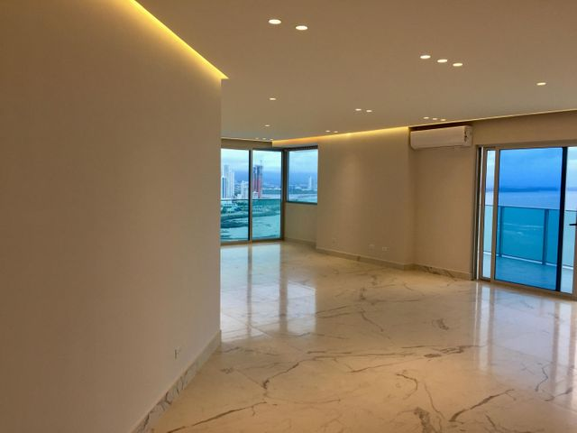 PANAMA VIP10, S.A. Apartamento en Venta en Punta Pacifica en Panama Código: 17-3206 No.5