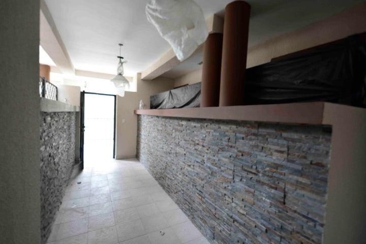 PANAMA VIP10, S.A. Apartamento en Venta en Clayton en Panama Código: 17-3520 No.1