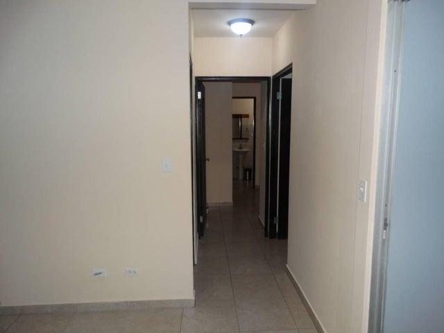 PANAMA VIP10, S.A. Apartamento en Venta en 12 de Octubre en Panama Código: 17-3163 No.9