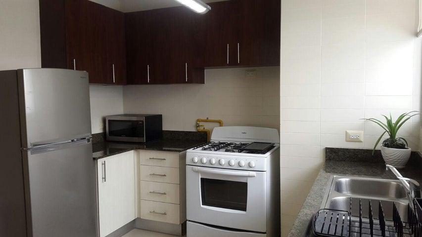 PANAMA VIP10, S.A. Apartamento en Venta en San Francisco en Panama Código: 17-3300 No.7