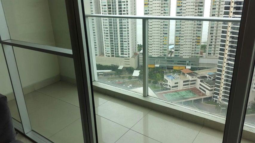 PANAMA VIP10, S.A. Apartamento en Venta en San Francisco en Panama Código: 17-3300 No.8