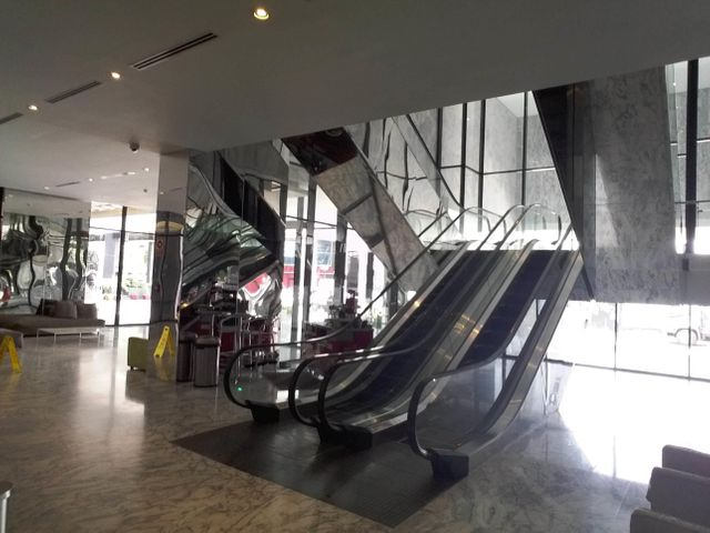 PANAMA VIP10, S.A. Oficina en Venta en Obarrio en Panama Código: 17-3350 No.4