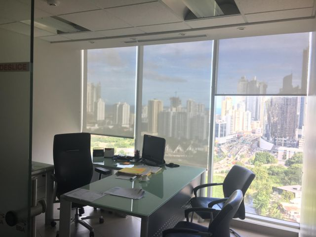 PANAMA VIP10, S.A. Oficina en Venta en Obarrio en Panama Código: 17-3373 No.9