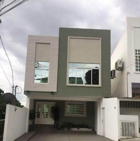 Casa / Venta / Panama / Altos de Panama / FLEXMLS-17-3366