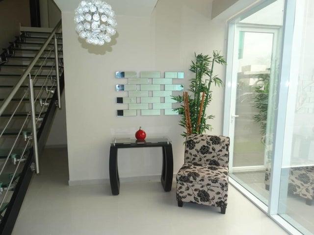 PANAMA VIP10, S.A. Casa en Venta en Costa Sur en Panama Código: 17-3405 No.3