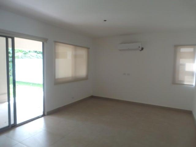 PANAMA VIP10, S.A. Casa en Venta en Panama Pacifico en Panama Código: 17-3425 No.1