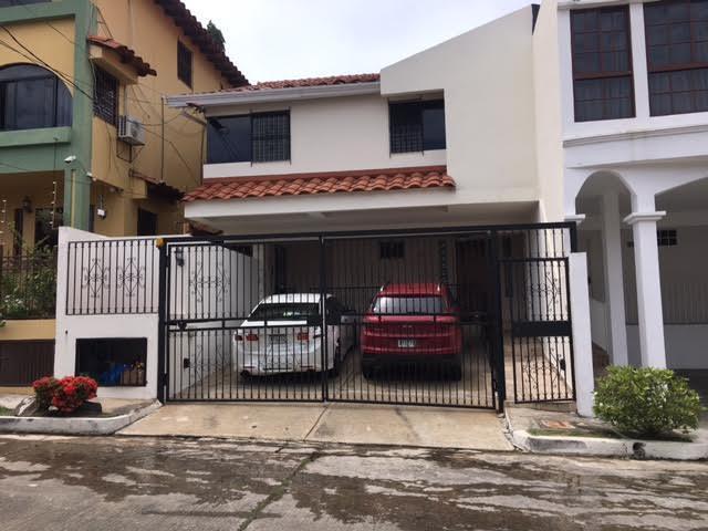 Casa en Alquiler en Altos de Panama