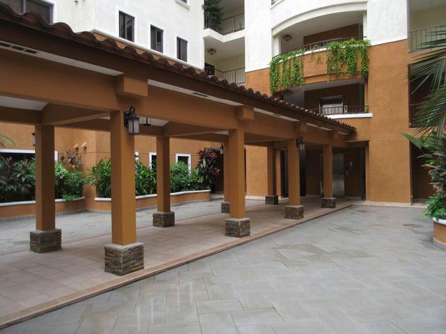 PANAMA VIP10, S.A. Apartamento en Venta en Clayton en Panama Código: 15-186 No.1