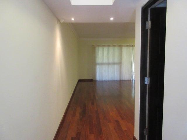 PANAMA VIP10, S.A. Apartamento en Venta en Clayton en Panama Código: 15-186 No.3
