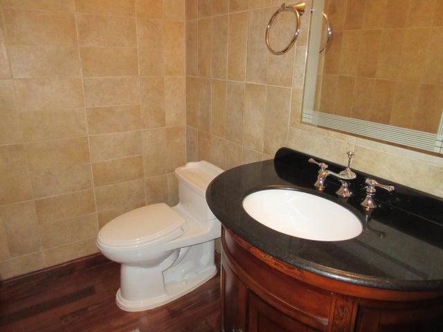 PANAMA VIP10, S.A. Apartamento en Venta en Clayton en Panama Código: 15-186 No.4