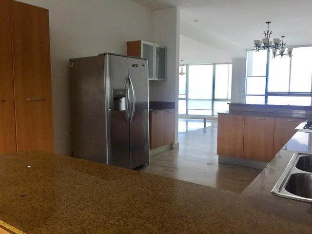 PANAMA VIP10, S.A. Apartamento en Alquiler en Punta Pacifica en Panama Código: 17-3481 No.4