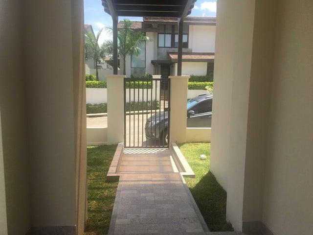 PANAMA VIP10, S.A. Casa en Venta en Panama Pacifico en Panama Código: 17-3504 No.1