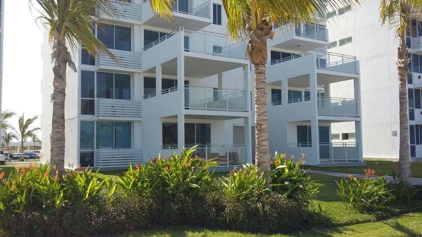 PANAMA VIP10, S.A. Apartamento en Alquiler en Playa Blanca en Rio Hato Código: 17-3537 No.1