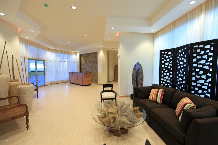 PANAMA VIP10, S.A. Apartamento en Venta en Coronado en Chame Código: 17-3572 No.1