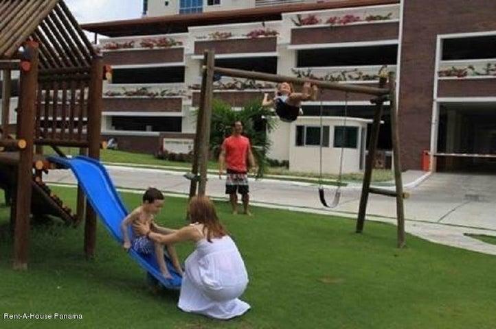 PANAMA VIP10, S.A. Apartamento en Venta en Coronado en Chame Código: 17-3572 No.8