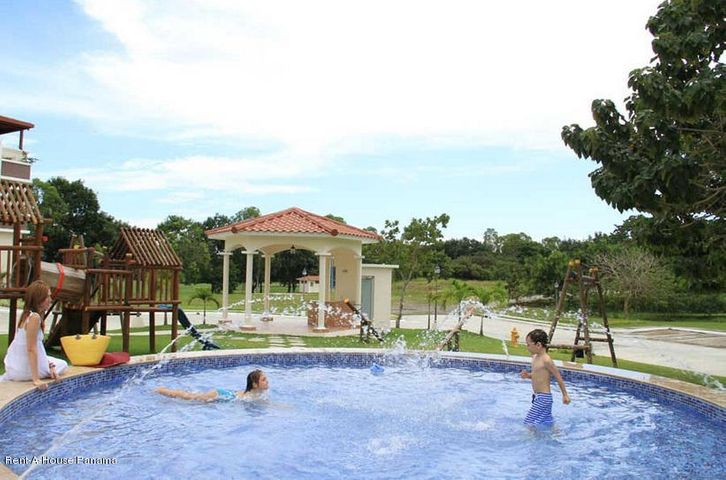 PANAMA VIP10, S.A. Apartamento en Venta en Coronado en Chame Código: 17-3572 No.9