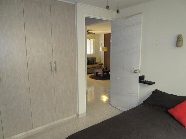 PANAMA VIP10, S.A. Apartamento en Venta en Juan Diaz en Panama Código: 17-3644 No.5