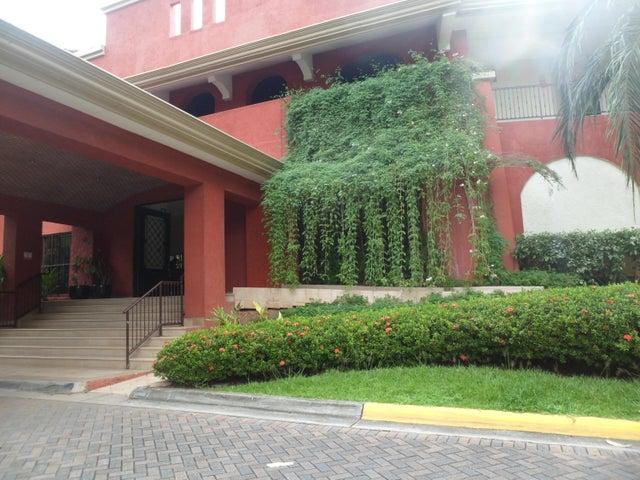 Apartamento / Alquiler / Panama / Clayton / FLEXMLS-17-3645