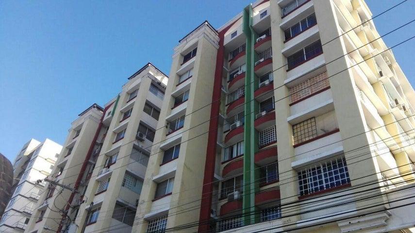 Apartamento en Venta en Parque Lefevre