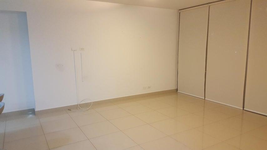 PANAMA VIP10, S.A. Apartamento en Venta en Costa del Este en Panama Código: 17-3707 No.2