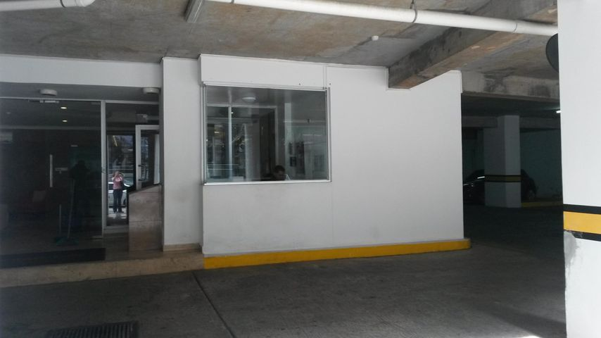 PANAMA VIP10, S.A. Apartamento en Venta en Obarrio en Panama Código: 17-3770 No.2