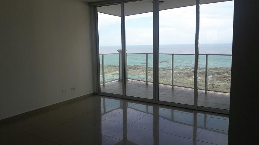 PANAMA VIP10, S.A. Apartamento en Venta en Punta Pacifica en Panama Código: 17-3766 No.3