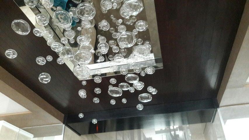 PANAMA VIP10, S.A. Apartamento en Alquiler en Obarrio en Panama Código: 17-3788 No.2