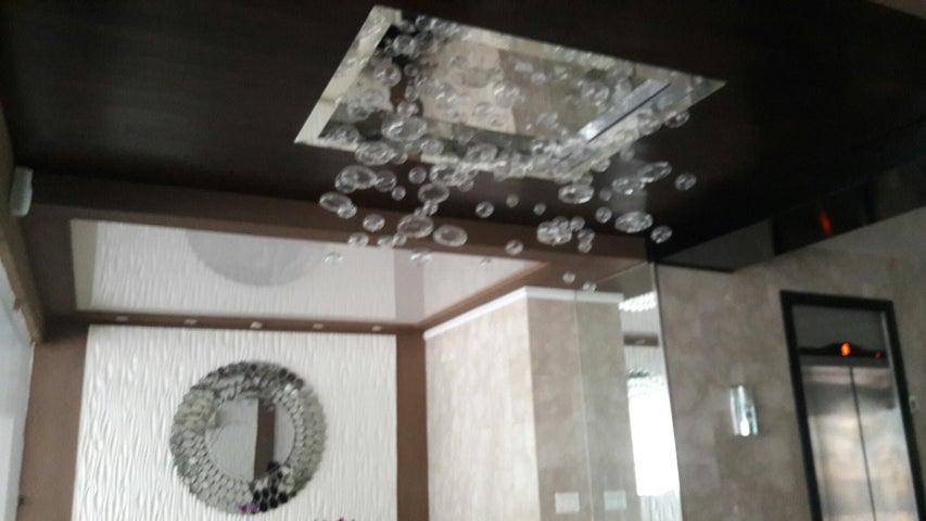 PANAMA VIP10, S.A. Apartamento en Alquiler en Obarrio en Panama Código: 17-3788 No.4