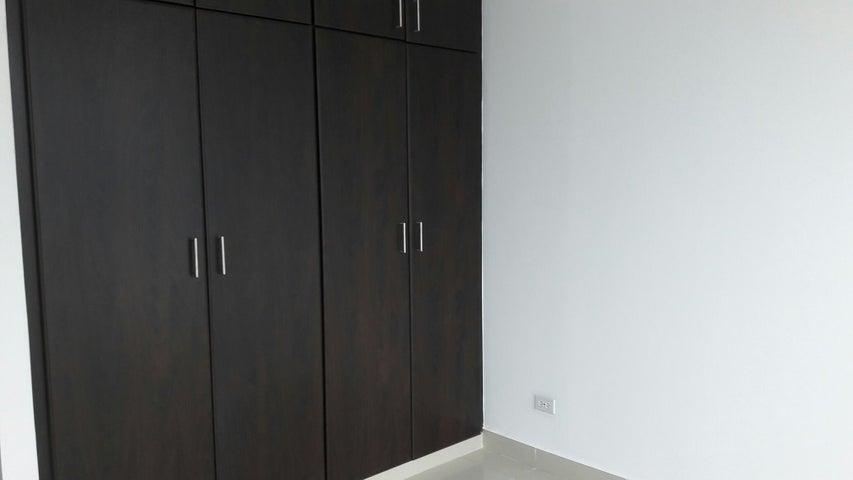 PANAMA VIP10, S.A. Apartamento en Alquiler en Obarrio en Panama Código: 17-3788 No.8