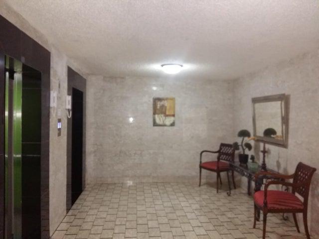 PANAMA VIP10, S.A. Apartamento en Venta en Marbella en Panama Código: 17-3800 No.1