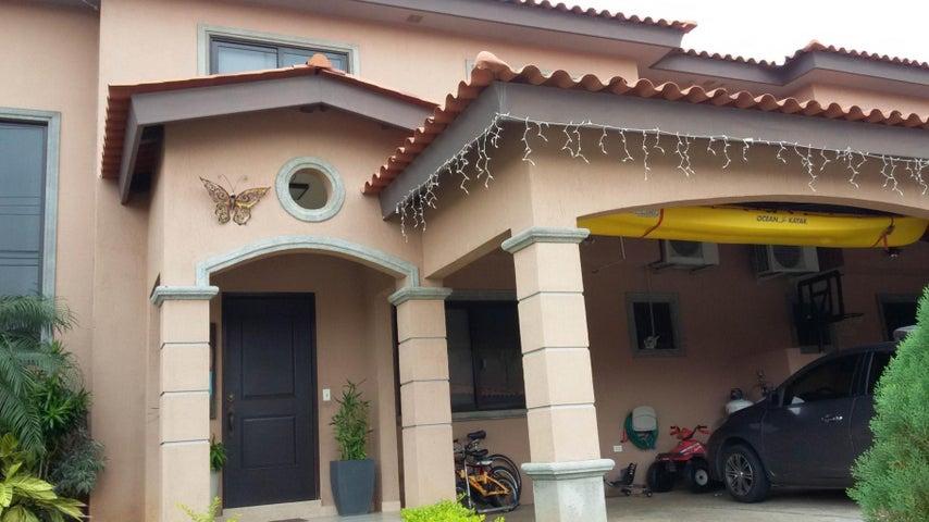 PANAMA VIP10, S.A. Casa en Venta en Versalles en Panama Código: 16-3543 No.1