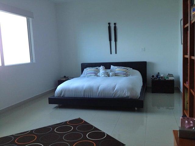 PANAMA VIP10, S.A. Apartamento en Alquiler en Costa del Este en Panama Código: 17-2601 No.8