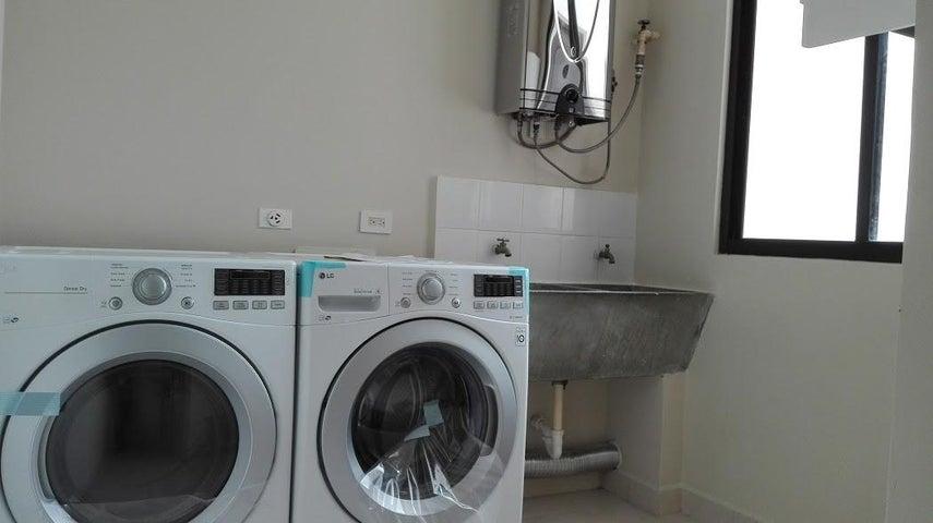 PANAMA VIP10, S.A. Apartamento en Alquiler en Punta Pacifica en Panama Código: 17-3836 No.9