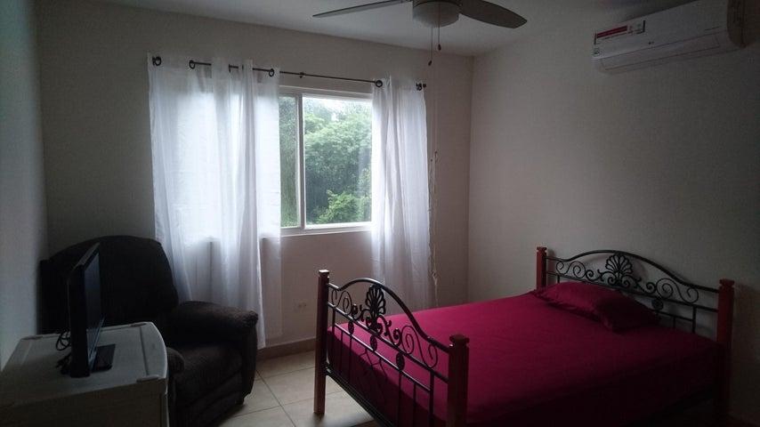 PANAMA VIP10, S.A. Casa en Venta en Brisas Del Golf en Panama Código: 17-3876 No.5