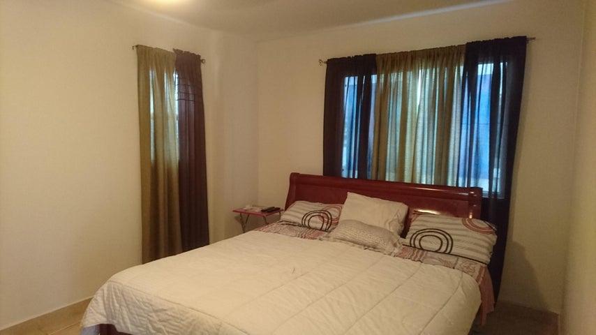 PANAMA VIP10, S.A. Casa en Venta en Brisas Del Golf en Panama Código: 17-3876 No.6