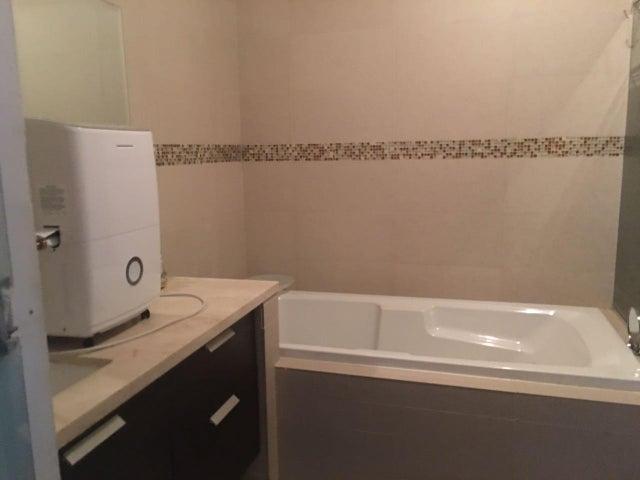 PANAMA VIP10, S.A. Apartamento en Alquiler en Punta Pacifica en Panama Código: 17-3912 No.7