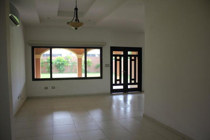 PANAMA VIP10, S.A. Casa en Venta en Costa Sur en Panama Código: 17-3954 No.9