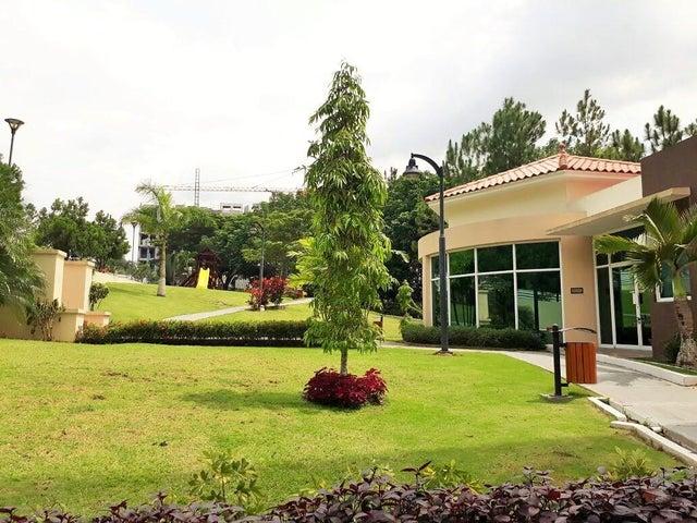 Apartamento / Venta / Panama / Albrook / FLEXMLS-17-3938