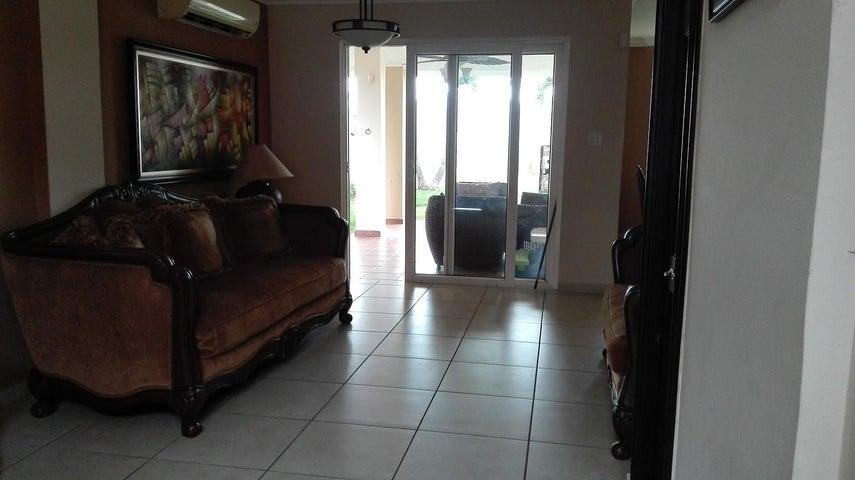 PANAMA VIP10, S.A. Casa en Venta en Brisas Del Golf en Panama Código: 17-3986 No.2