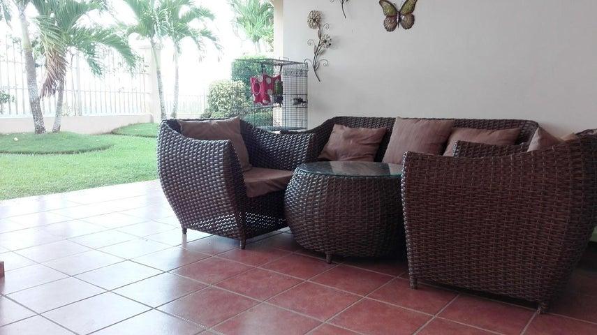 PANAMA VIP10, S.A. Casa en Venta en Brisas Del Golf en Panama Código: 17-3986 No.5