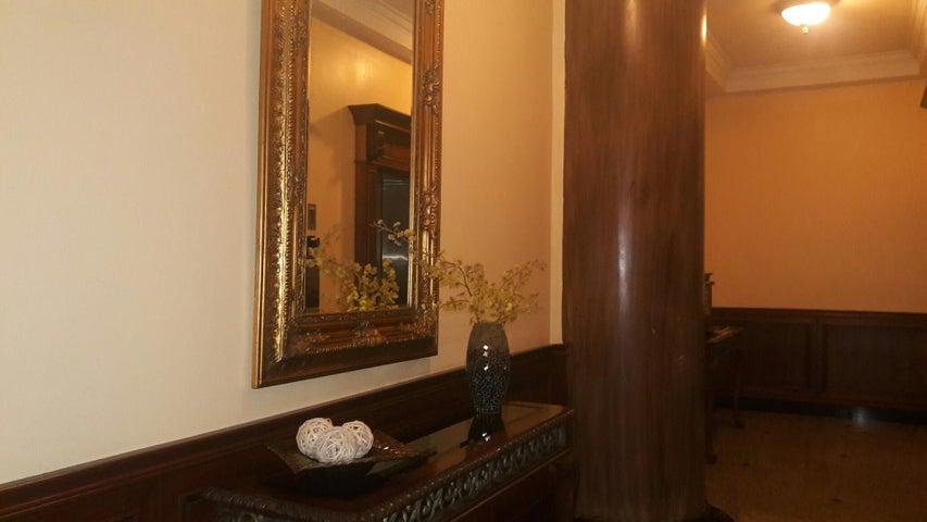 PANAMA VIP10, S.A. Apartamento en Alquiler en Obarrio en Panama Código: 17-3992 No.3
