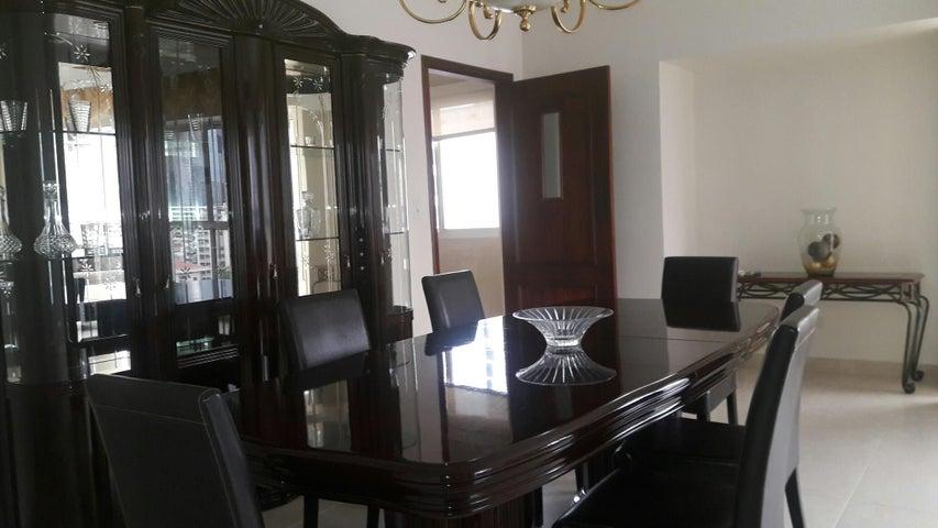 PANAMA VIP10, S.A. Apartamento en Alquiler en Obarrio en Panama Código: 17-3992 No.9