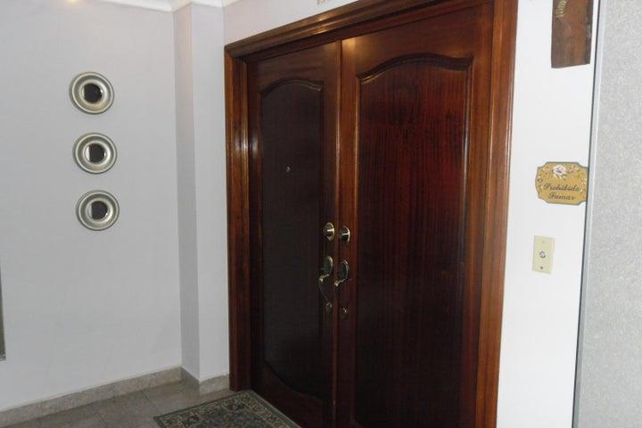 PANAMA VIP10, S.A. Apartamento en Venta en Coco del Mar en Panama Código: 17-3980 No.8