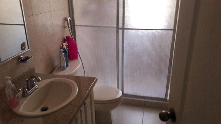 PANAMA VIP10, S.A. Apartamento en Alquiler en Punta Pacifica en Panama Código: 17-4009 No.7